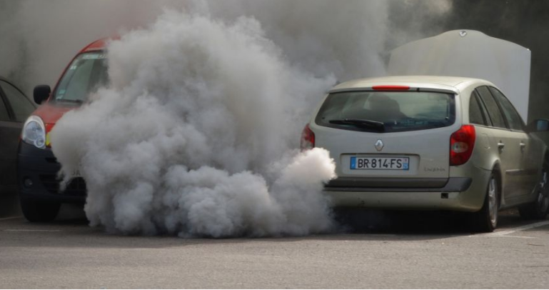 """Viso gero, """"dyzelgeite"""": artėja benzininių ir dyzelinių automobilių eros pabaiga"""